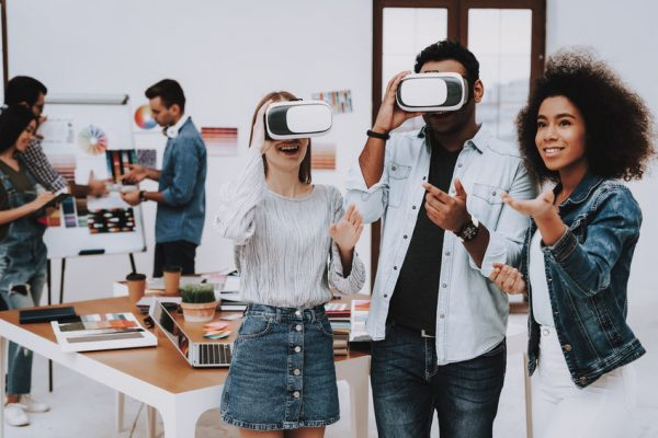 ImmersiveMediaMarketing-aprioripr-VR